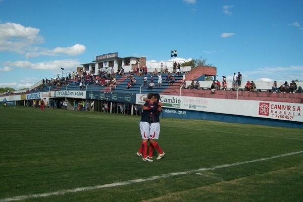 C.A. Atenas 1  Tacuarembó F.C.1