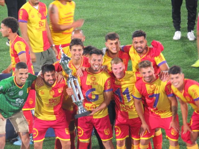 Villa Española obtuvo el vice campeonato y la vuelta a primera división…