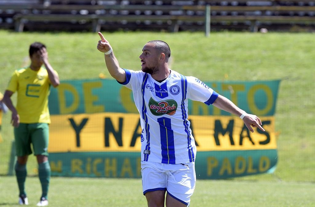 Boris Barone se incorpora a Rocha F.C.